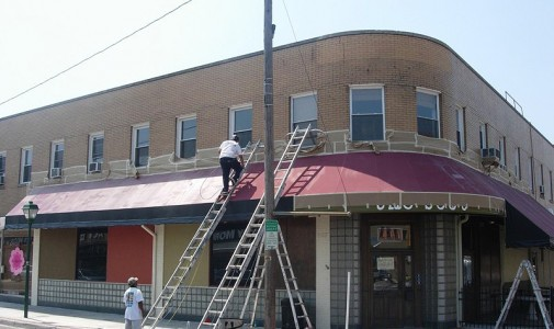 123 W 21st Street in Ghent, Norfolk, during painting preparation.